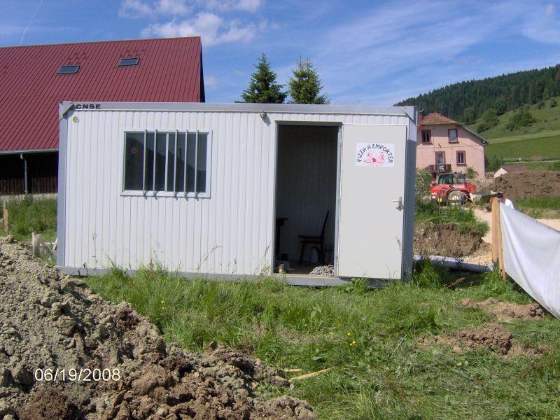 les petits suisses la cabane de chantier. Black Bedroom Furniture Sets. Home Design Ideas
